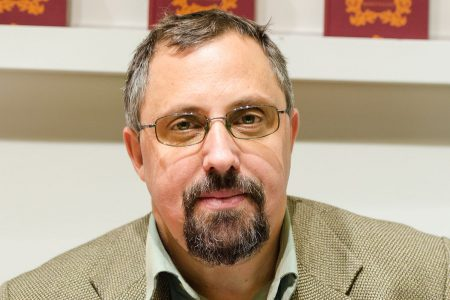 """Dan Lungu, numit oficial in fruntea Muzeului Literaturii Romane. Adomnitei promite crearea """"sinergiei"""""""